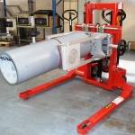 Outside Reel Clamp on Stacker